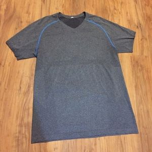 MENS LULULEMON T-SHIRT